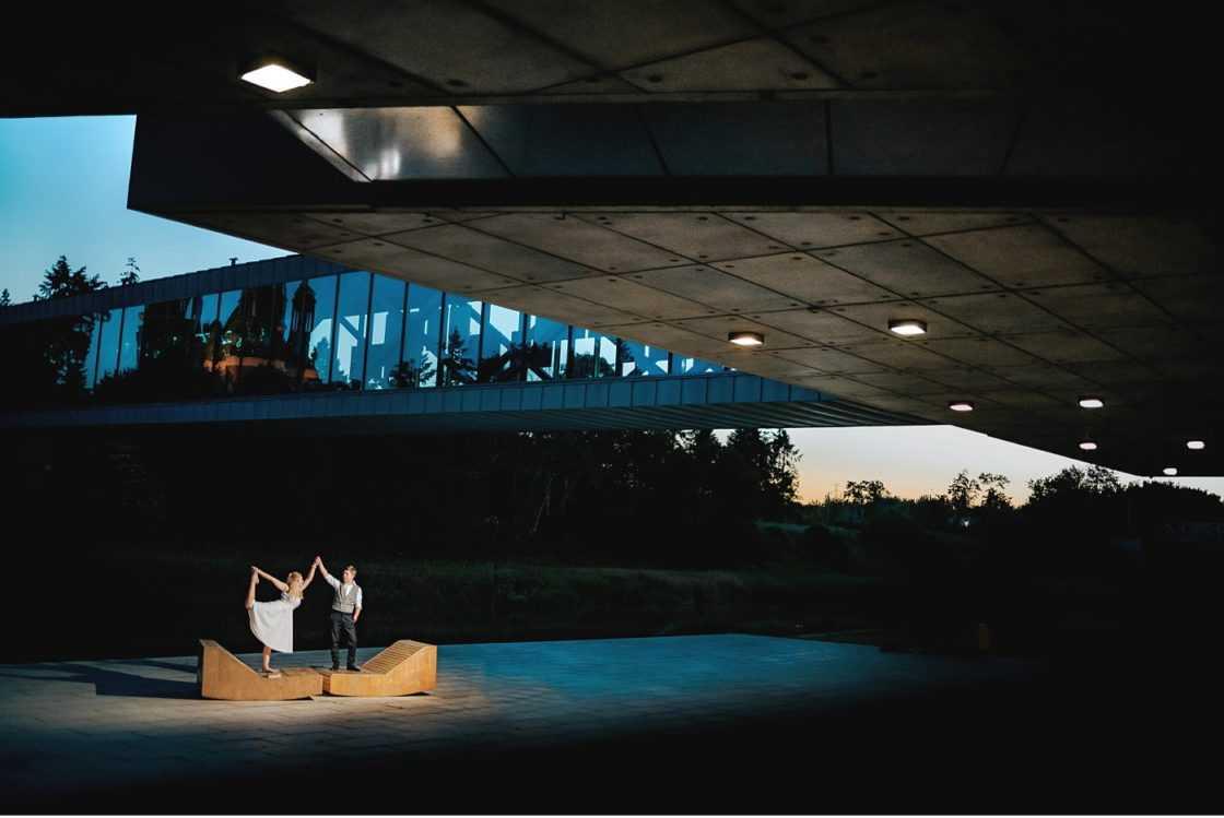 Plenerowy Ślub w Weranda Home sesja narzeczenska brama poznania 012